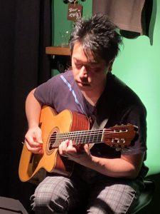 10/10(土)昼 : 松本 広大「The Scenery ソロギターライブ」